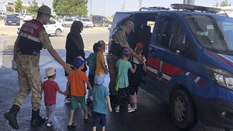 В Турции задержаны две россиянки с девятью детьми, бежавшие из Сирии